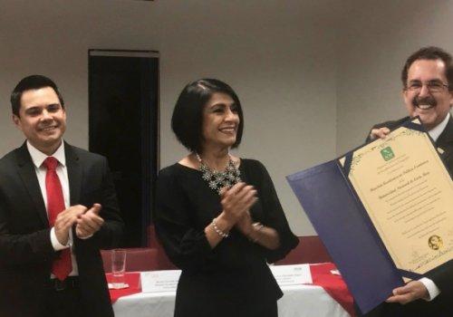 Maestría en política económica recibió acreditación centroamericana