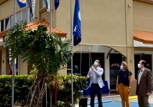Sede Interuniversitaria de Alajuela izó Bandera Azul