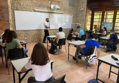 Con ilusión y seguridad, Colegio Humanístico inició lecciones presenciales