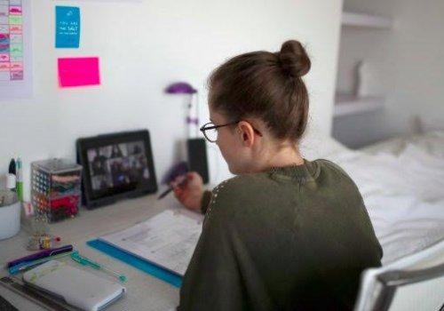 UNA prepara a estudiantes para pruebas FARO