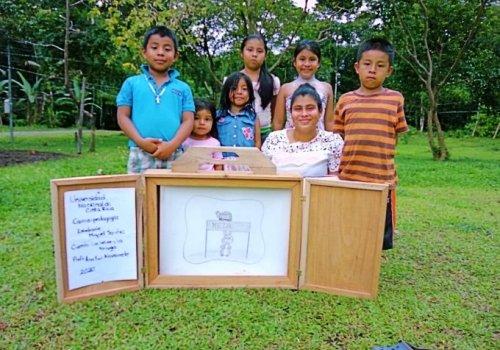 Cuentos infantiles llevan felicidad a diversas comunidades