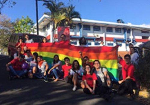 Feuna celebró Día contra la Homolesbotransbifobia