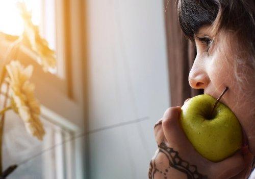 ¿Cómo influye la alimentación en la salud mental?