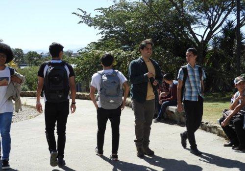 Feuna toma acciones para apoyar a estudiantes frente a covid-19