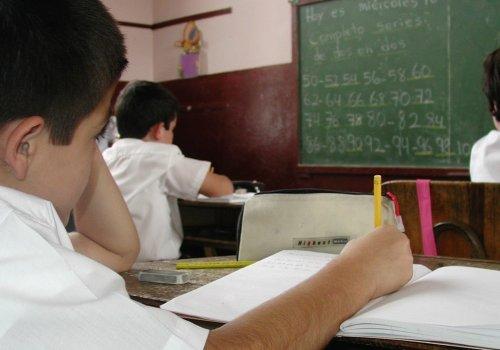 UNA y Feuna lanzan proyecto para combatir exclusión educativa