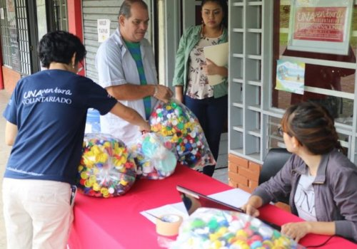 Exitosa recolección de tapas plásticas para rampa de accesibilidad en Parque Nacional Cahuita