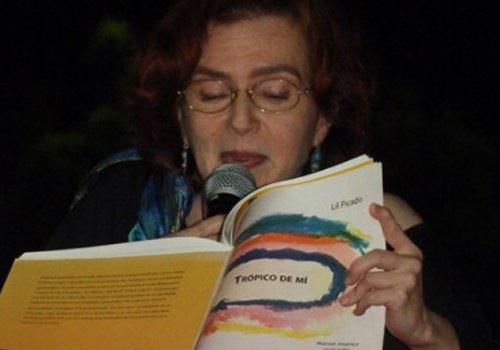 Noche de poesía en Estudios Generales