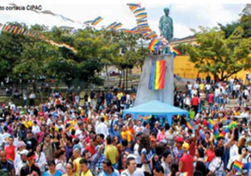 Universitarios levantan la voz contra la homofobia