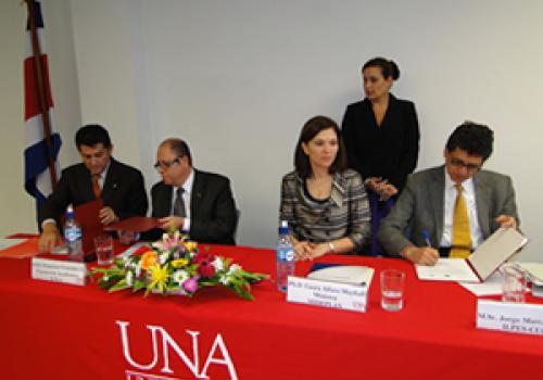 UNA, MIDEPLAN  y CEPAL gestionan  posgrado en economía del desarrollo