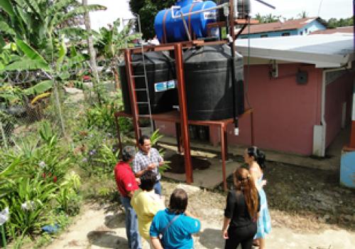 Convierten lluvia en agua potable