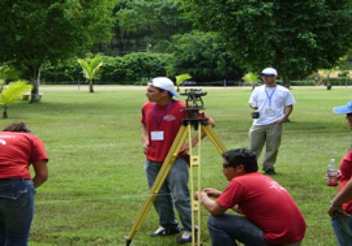 Expertos en geodesia satelital se reúnen en Costa Rica